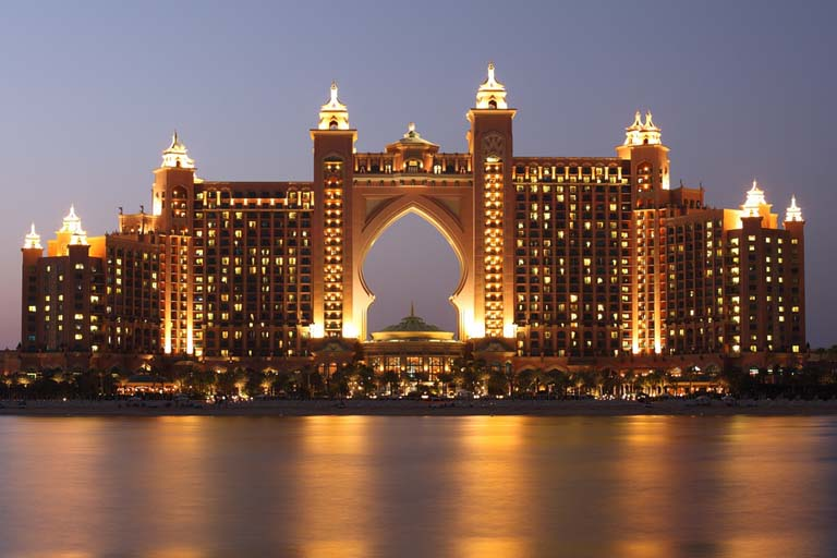 Atlantis Hotel – The Amazing City within a City