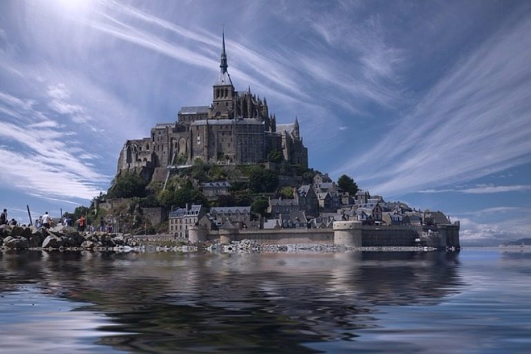 online travel consultant mont saint michel normandy